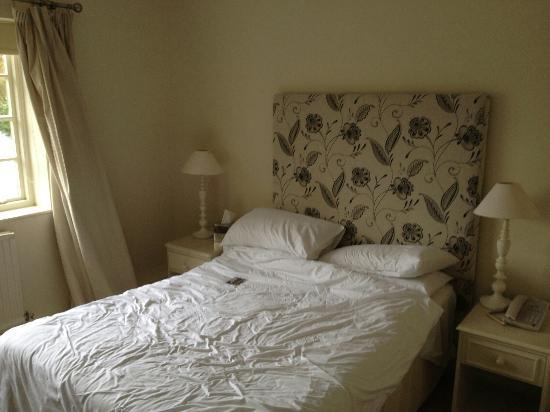 Statham Lodge Country House Hotel: Bedroom - Room 22
