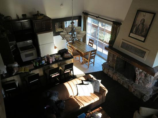 Mammoth Creek Inn: Master Loft Suite - Looking down from master bedroom