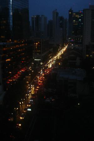 The Executive Hotel: Traffic Jam