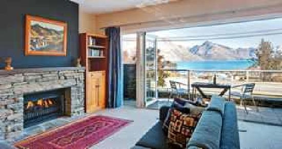 Queenstown House Boutique Bed & Breakfast & Apartments: Spacious Suites with views to stay home for