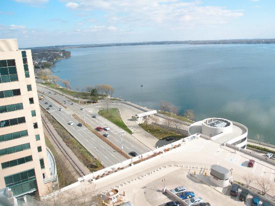 Lake monona picture of hilton madison monona terrace for Madison terrace
