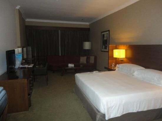 Jumeira Rotana: lovely room