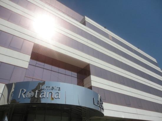 Jumeira Rotana: Hotel front face