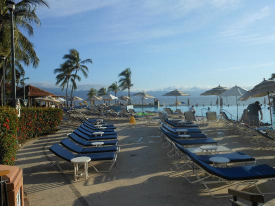 Marriott Puerto Vallarta Resort & Spa: Stunning view as you walk in to hotel