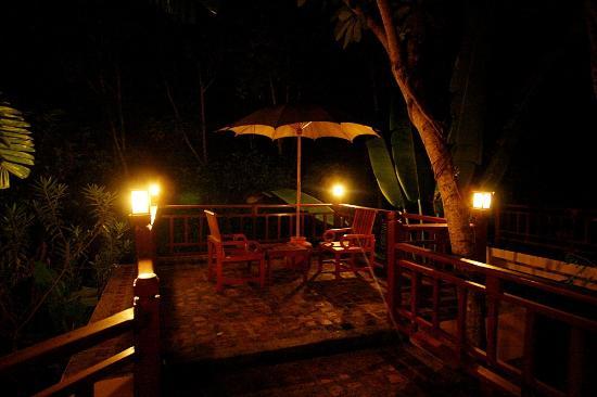 Suanthip Vana Resort: nice balcony