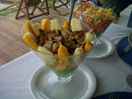 Pousada Minha Louca Paixao: the size of the salads 