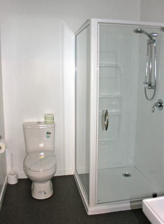 Seaview Motel: Brand new bathrooms