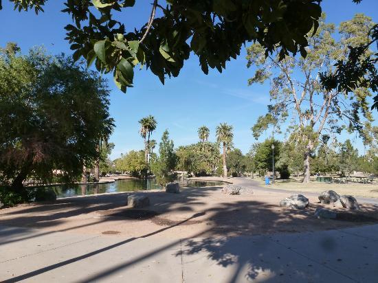 Encanto Park: park view