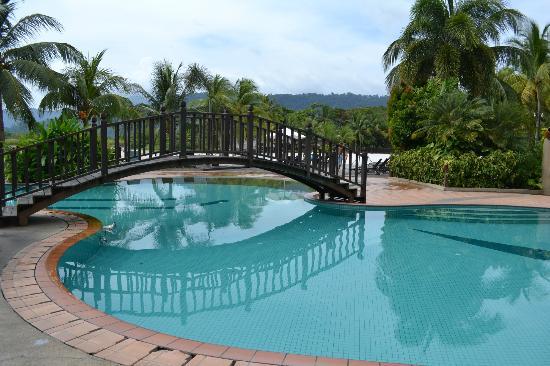 ลังกาวี ลากูน รีสอร์ท: Swimming pool