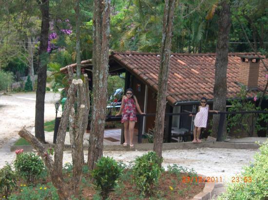 Monte Alegre do Sul, SP : chale de madeira