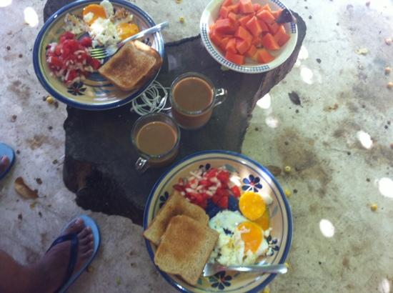El Jardin de Frida: breakfast