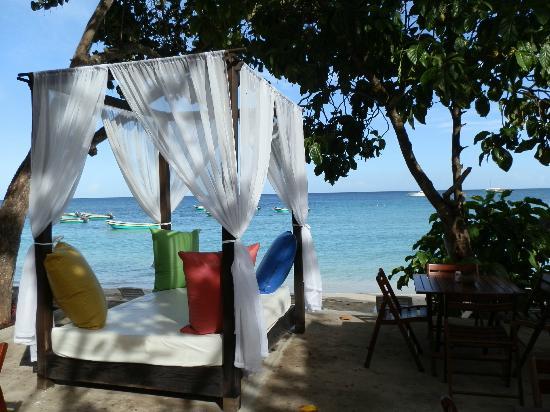 VH Gran Ventana Beach Resort: Waiting area before going to Paradise Island
