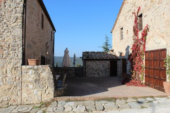 Borgo di Pietrafitta Relais: Casa Pera 3 a esquerda