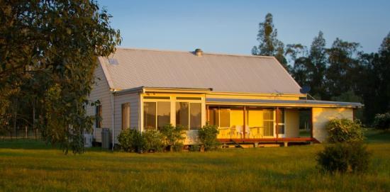 Madigan Vineyard: Australiana Cottage
