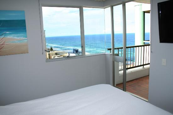 Marriner Views: Main bedroom with views over the sea