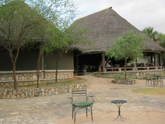 Tarangire Safari Lodge: Restaurant and reception