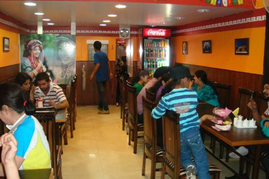 Momos Tibetan Restaurant: Inside Momos - Warm and Cosy