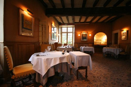Chateau de Marcay: Dining Area