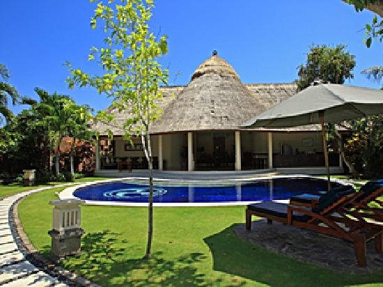 Dusun Villas Bali: Three bedroom villa - pool