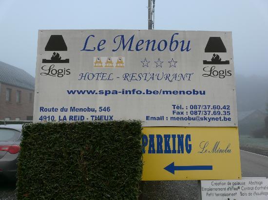 Le Menobu: Panneau indicateur de l'hôtel