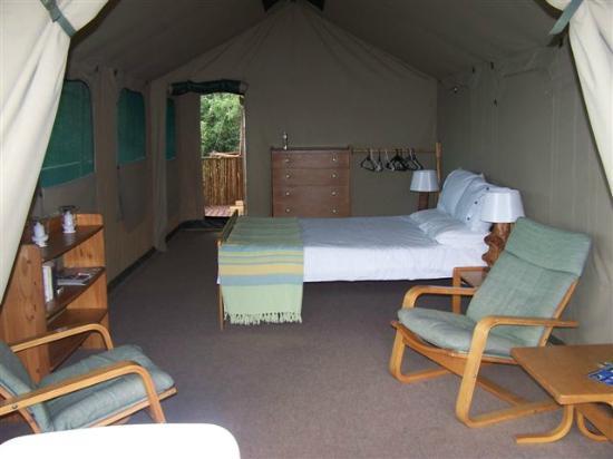 Bushbuck Camp: Main bedroom