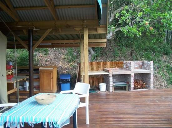 Bushbuck Camp: Barbeque area