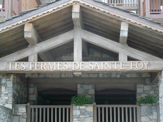 Résidence CGH Les Fermes de Sainte Foy: Entrée des châlets