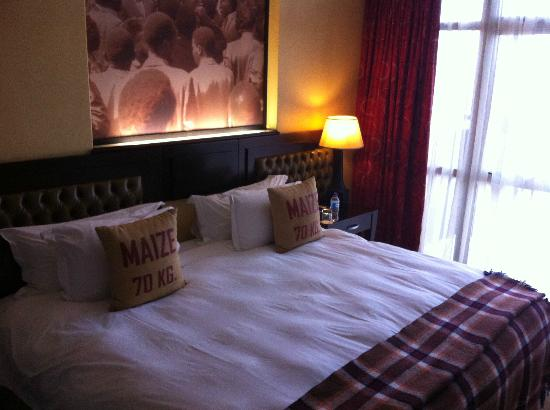 The Soweto Hotel on Freedom Square: Room