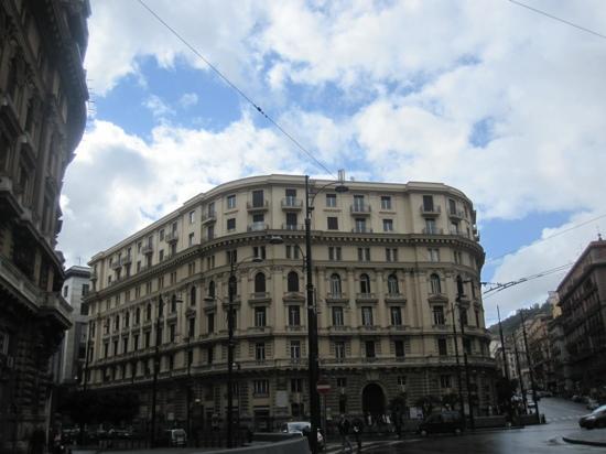 Bovio Suite Hotel : Bovio Square 22, Storia A, 4th floor