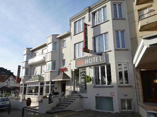 Hotel Cajou: L'hôtel à deux pas de la digue et non loin de Plopsaland