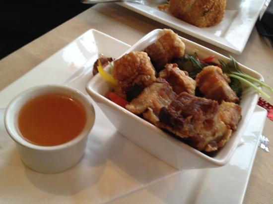 Lakeside Cafe : crispy belly pork starter