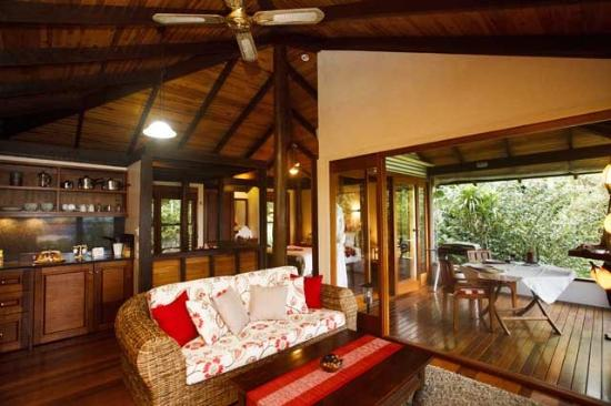 Montville Misty View Cottages: Balinese Cottage