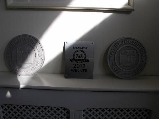 Castlewood House: Award plaques