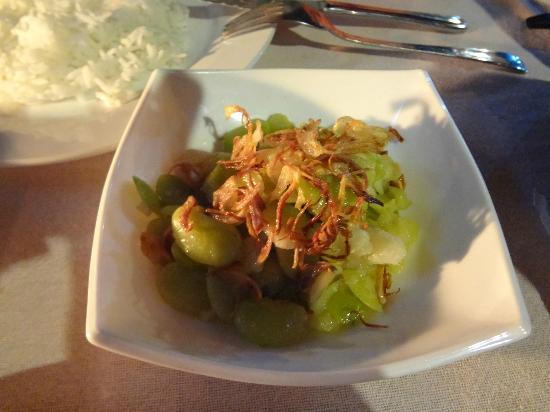 PYI Guesthouse and Restaurant: ein landestypisches Gericht...