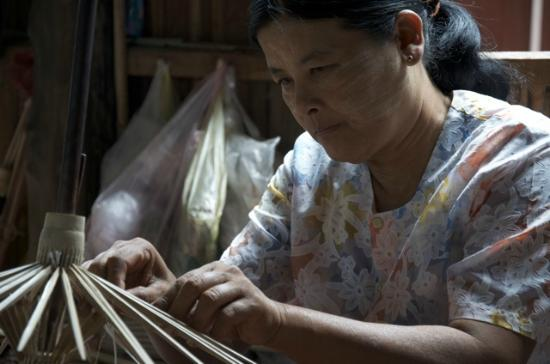 Golden Island Cottages - Nampan: local handicrafts in traditional style