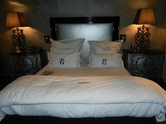 Hotel Le Saint Roch : room