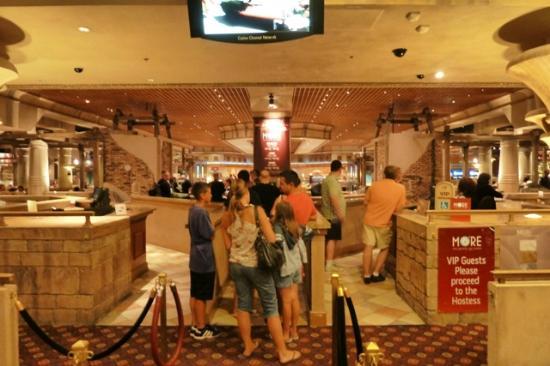 Italian Restaurant Luxor Las Vegas