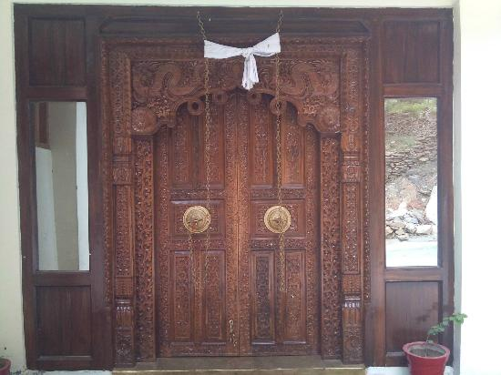 Hotel Inner Tukpa: Inner decor speaks of Inner Tukpa's cultural genesis