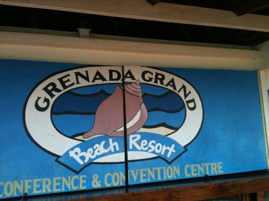 Radisson Grenada Beach Resort: Hotel beach bar