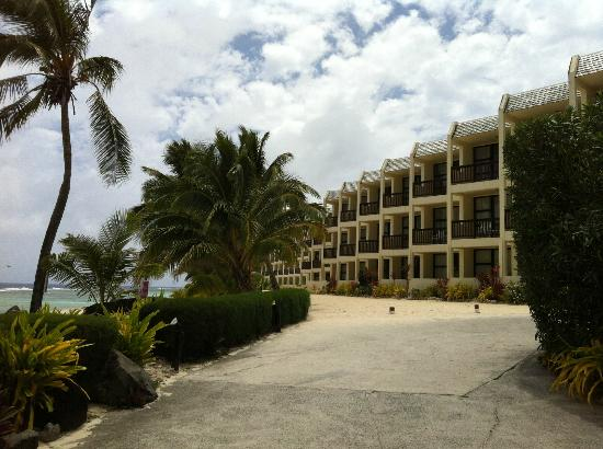 The Edgewater Resort & Spa: The beach