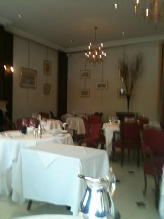 Restaurant Le 36: belle salle resto