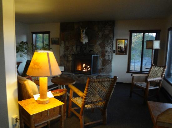 Signal Mountain Lodge: Lobby