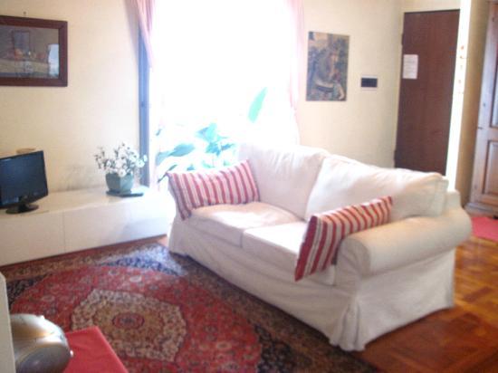 A Casa di Andrea Bed & Breakfast: divano letto