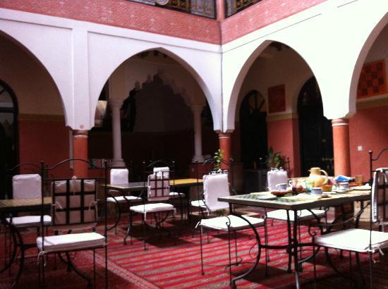 Riad Losra: la sala da pranzo