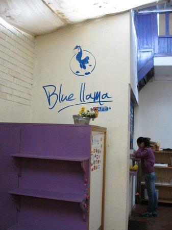 Blue Llama: Wall sign