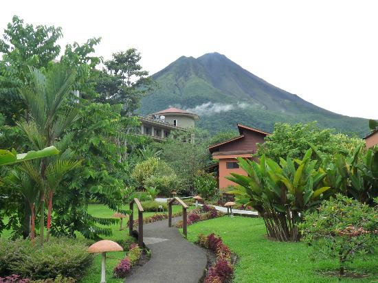 Hotel El Silencio del Campo: Volcano view from our front door (Room #18)