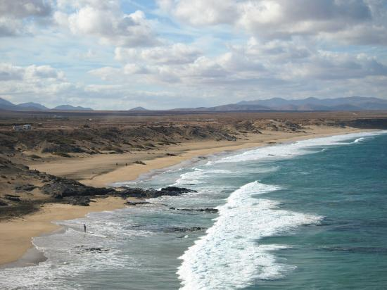 El Cotillo Beach & Lagoons: Surfers end of the beach