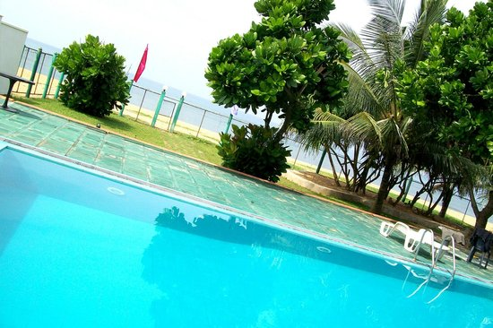 Blue Ocean Villa: Swimming pool
