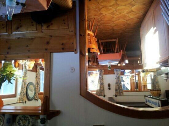 Alpengasthof Hochlenzer Restaurant: von innen