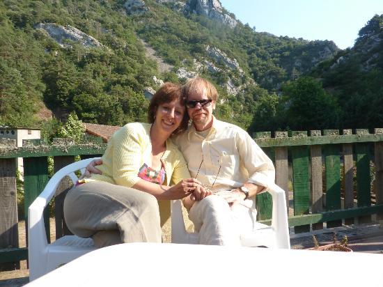Puilaurens, Francia: Sur la terrasse, à l'arrirère